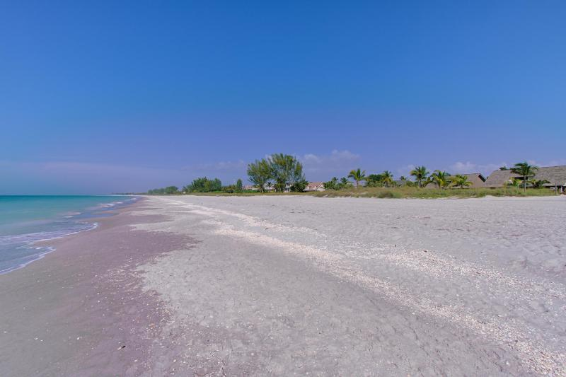 Stretches of white sandy beaches next to beach home - Gorgeous Gulf Front Beach Home, Captiva Island, FL - Captiva Island - rentals