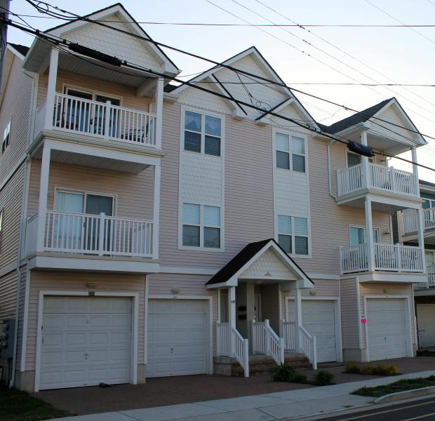 Front of Condo - Garage to Park Your Car and Only 1 Block to Beach and Boardwalk - Clean Condo, Block to Beach, Boardwalk, Fireworks - Wildwood - rentals