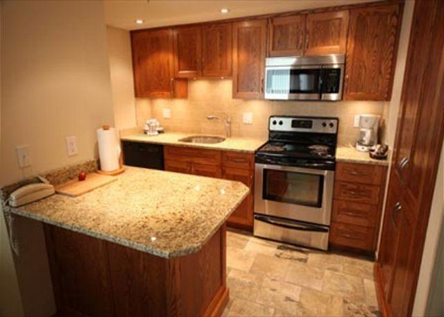 Acer Vacations | Affordable Whistler Rental Apartment Marquise 2 Bedroom - Image 1 - Whistler - rentals