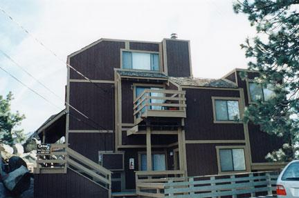 Ideal House with 2 Bedroom & 2 Bathroom in Lake Tahoe (041) - Image 1 - Lake Tahoe - rentals