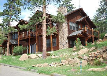 Black Canyon Inn Condo Building D Exterior - Scenic & Secluded Estes Park CO Cond 2Bdrm/2Bath - Estes Park - rentals