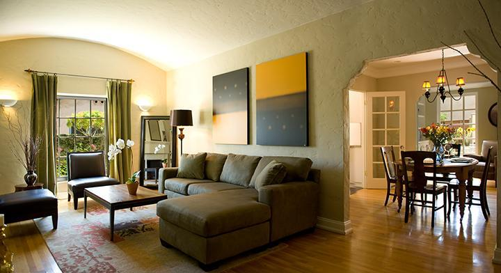 Living Room - Dining Room - Hollywood Studios Bungalow--Close to Walk of Fame - Hollywood - rentals