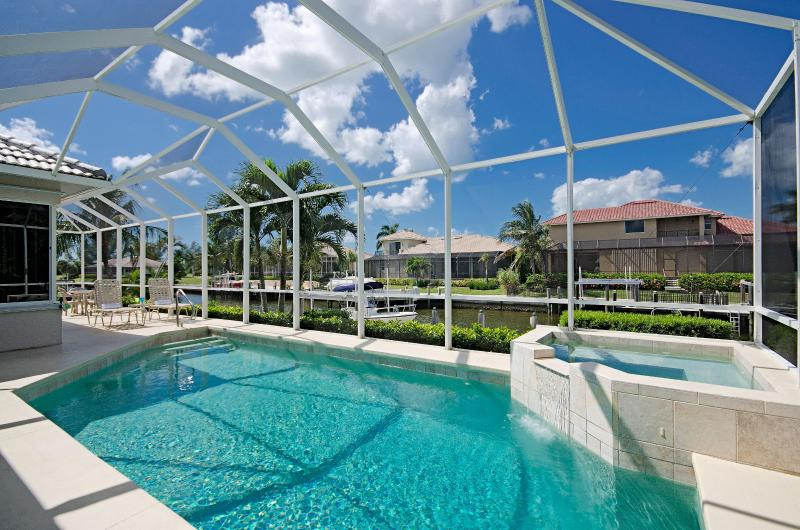 Relax and Unwind with the Whole Family - Save- Oct 25th- Nov 1st  Wk -Plus $350 in Freebies - Marco Island - rentals
