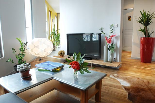 Ideal Group/ Family Travel!! 70m2 - Image 1 - Paris - rentals