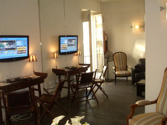 Lounge - Fabulous 2 bedroom flat cental Cannes - Cannes - rentals