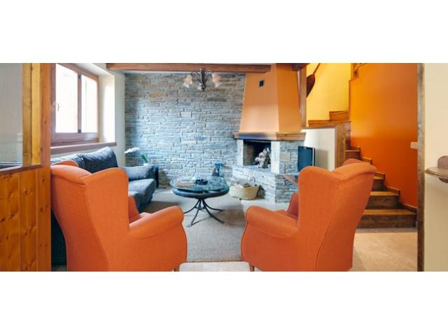 Dera Nheu 2 | Perfect for families or groups of friends - Image 1 - Montesclado - rentals