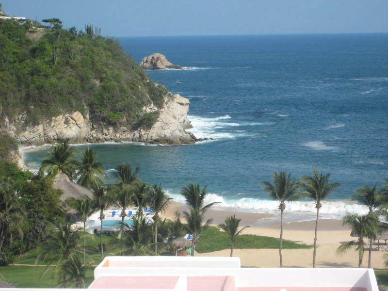 View from living room - Bella Vista Mexican Riviera-Pacific Coast, Mexico - Huatulco - rentals