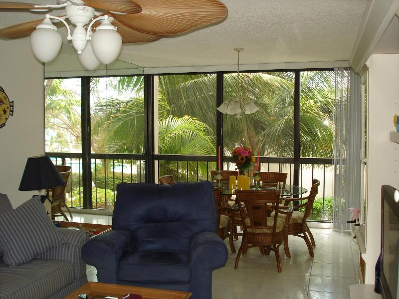 living room/dining room area - Key Largo Vacation Condo - Key Largo - rentals