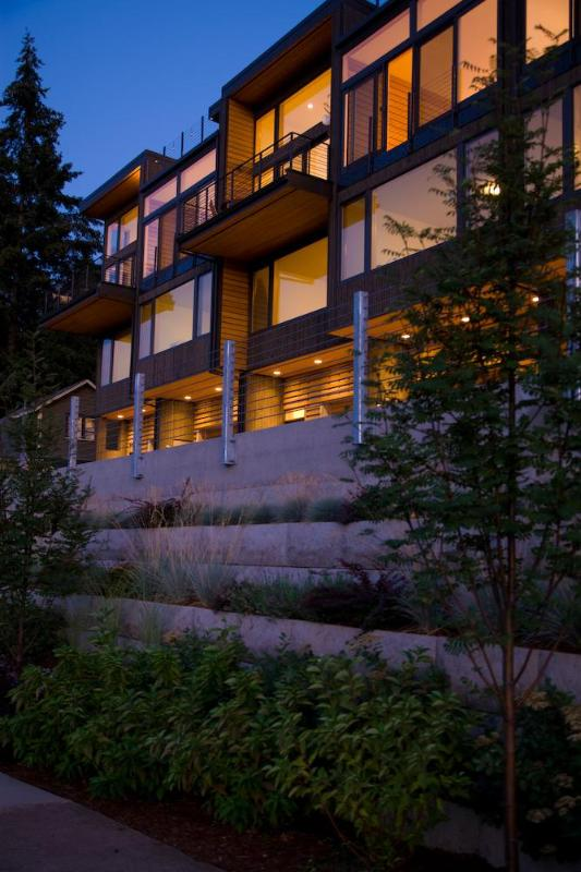 Gorgeous,  Modern, Luxurious in Hood River - Image 1 - Hood River - rentals