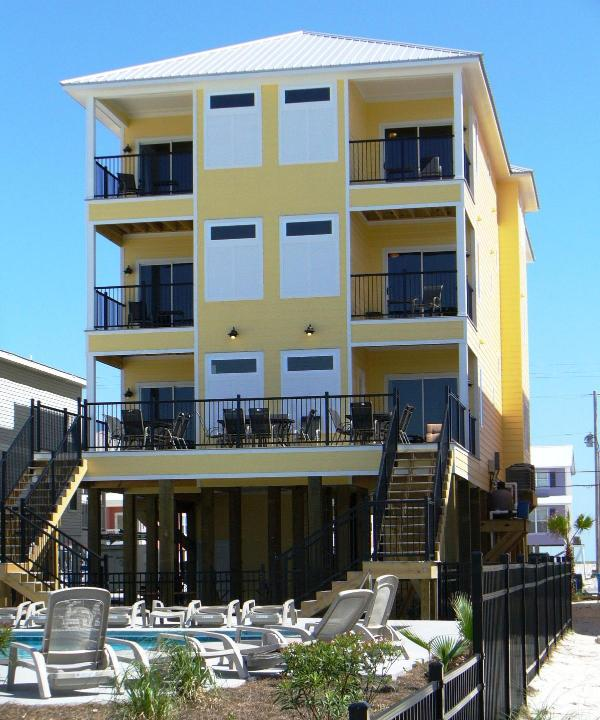 Private Pool at Lemonade Stand, right across from Beach in Gulf Shores - Lemonade Stand 12 BD & Private Pool - Gulf Shores - rentals