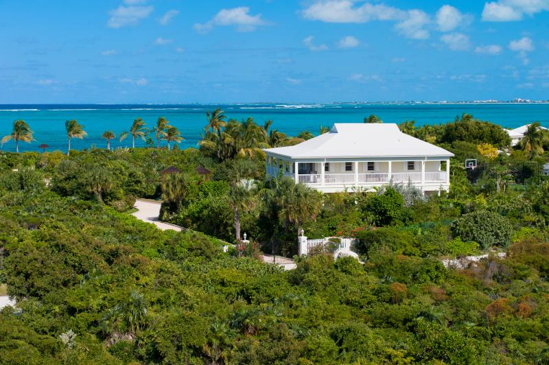 Reef Pearl- 3 Bedroom Beach House on Grace Bay! - Image 1 - Turks and Caicos - rentals