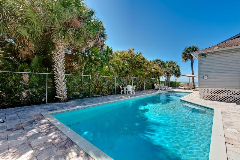 Pool - Sunset Paradise Home-Directly on Beach-46' Pool - Fort Myers Beach - rentals