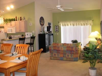 Open Living Room / Dining / Kitchen area - Book 7 nts add 1 nt FREE*Gated Com, 2 Master,Wifi, - Davenport - rentals