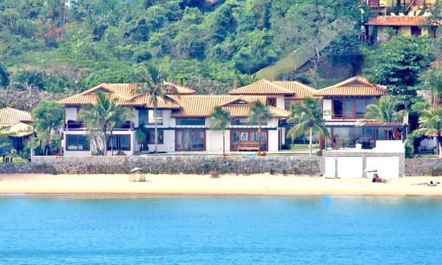 House as seen from the water - 12,000 sq ft on beach house on Ferradura Beach - Buzios - rentals