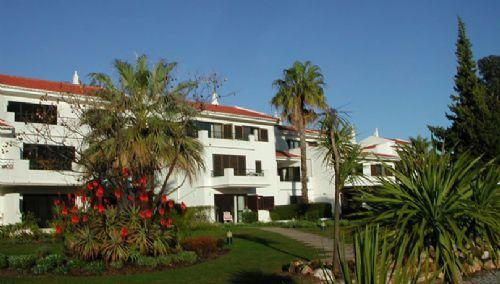 South facing 2br Lakeside Village Apt: PA2-44 - Image 1 - Quinta do Lago - rentals