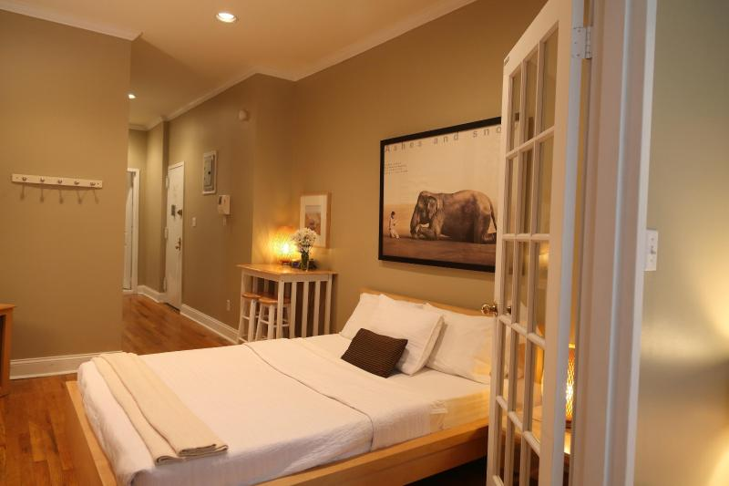 Second bed - East Village Suite -  $205/night  NOVEMBER SPECIAL - New York City - rentals