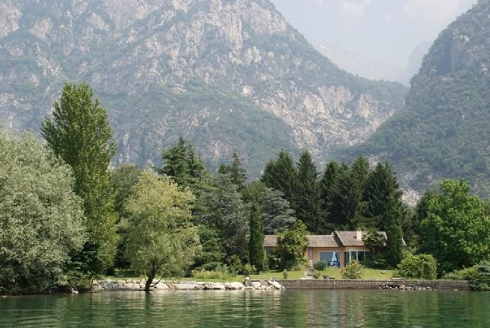 Lago Mezzola Retreat Lake Mezzola Italian Lakes villa to rent, Lake como villa Italy villa to let, vacation villa lake como - Image 1 - Sondrio - rentals