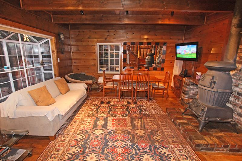 Traditional Knotty Pine Style Infused by All Modern Amenities - Steps to Heavenly Gondola:Modern Knotty Pine Cabin - South Lake Tahoe - rentals