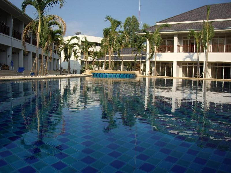 Large Swimming Pool - Relaxing Poolside Townhouse:Home Away From Home - Hua Hin - rentals