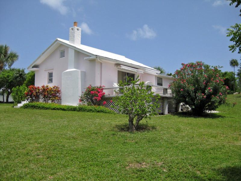 Pink Cottage at Coco Bay - Pink Cottage @ Coco Bay Cottages ,Green Turtle Cay - Green Turtle Cay - rentals