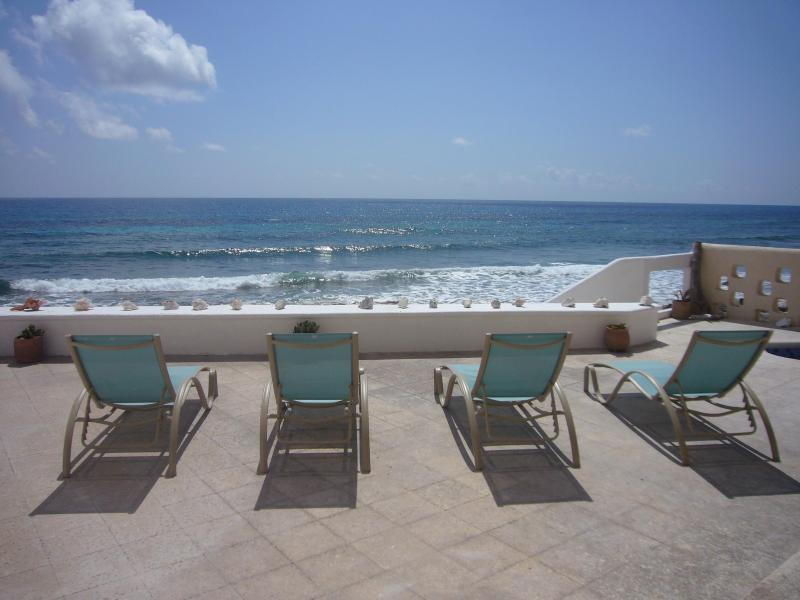 Overlooking Caribbean Sea - Ocean Front House on Isla Mujeres, Mexico - Isla Mujeres - rentals