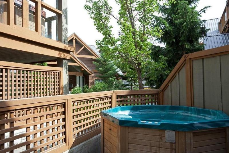 Hot Tub/Patio Area - Leslie Hamilton - Whistler - rentals