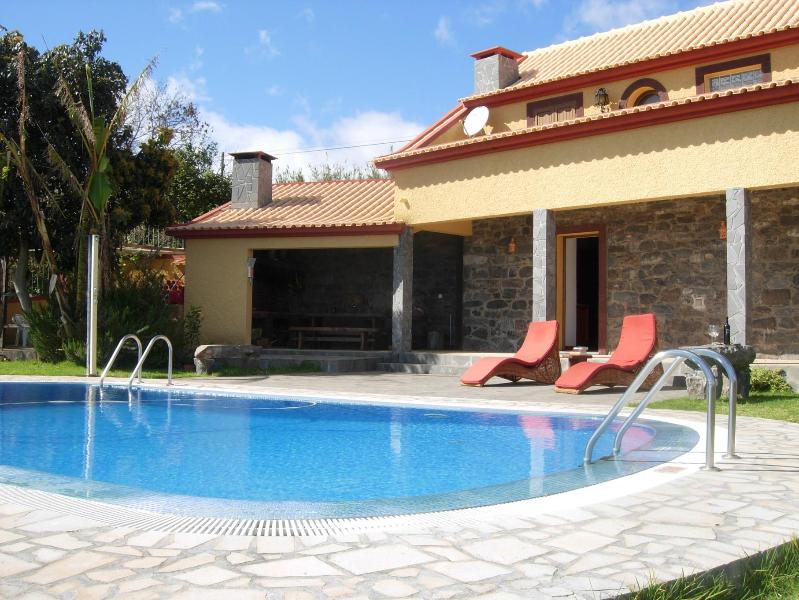 Casa da Rocha country villa 8m POOL Garden near LEVADA WALKS, a hotel with SPA and restaurant - Pool Garden Ocean views Walks & Restaurants close - Calheta - rentals
