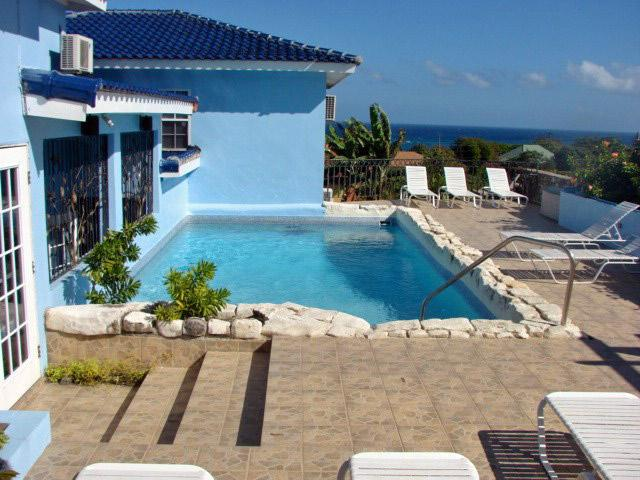 - Blue Moon - Jamaica - Silver Sands - rentals