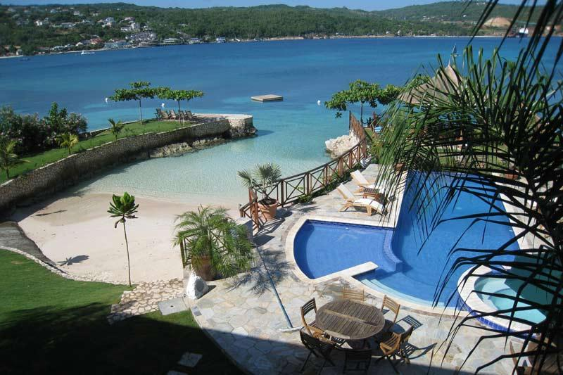 - Whispering Waters - Discovery Bay - rentals
