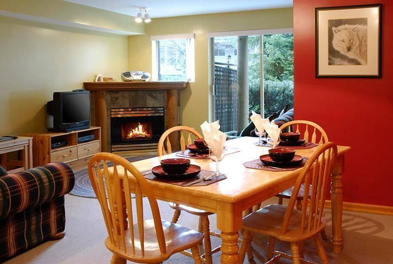 Large open concept dining and living area - Valhalla - 2 bedroom with Private Hot Tub - Whistler - rentals