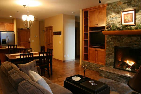 Lounge with cozy fireplace - 309 The Aspens - British Columbia - rentals