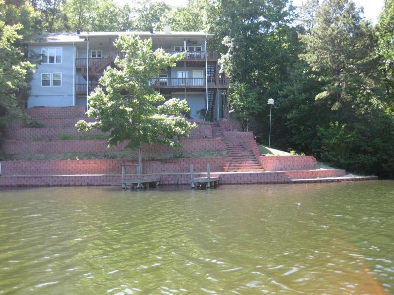 Lake side with swiming, fishing, two large decks to relax. - Executive Lake Desoto House with Golf paradise - Hot Springs Village - rentals
