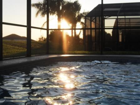 South Facing Pool - A Real Sun Trap with shaded lanai area - Disney Sunny South Facing Pool Free WiFI & Calls - Davenport - rentals