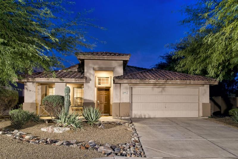 Front of home - Fab House in McDowell Mt Ranch - Pool, Plasmas - Scottsdale - rentals