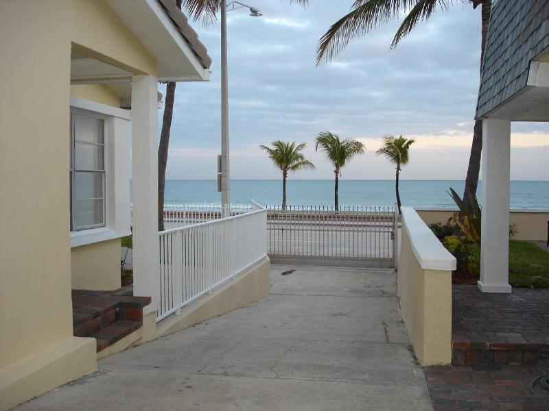 Ocean Front View - Ft Lauderdale 110' Ocean Front Beach Home - Fort Lauderdale - rentals