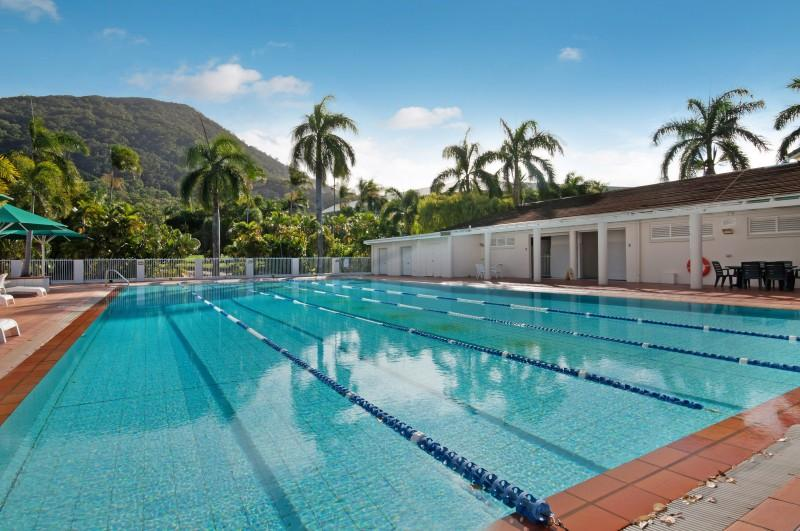 25 metre Lap Pool at the Fitness Centre and private area for sunbathing - Paradise in Palm Cove 1-2 bedroom near the beach - Palm Cove - rentals