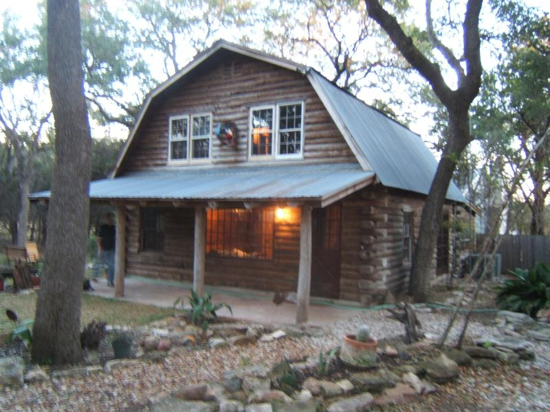 the real deal log home! - Log Cabin Getaway, Walk to the River - Wimberley - rentals