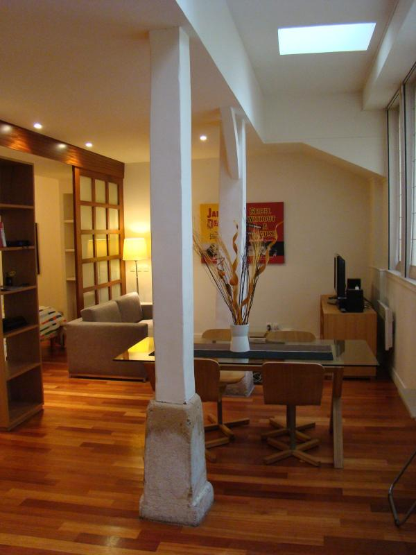 living and dining area - Move Over Monet - 7th Arrondissement Palais-Bourbon - rentals