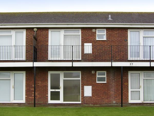 FLAT 3, family friendly in Hunstanton, Ref 4433 - Image 1 - Hunstanton - rentals