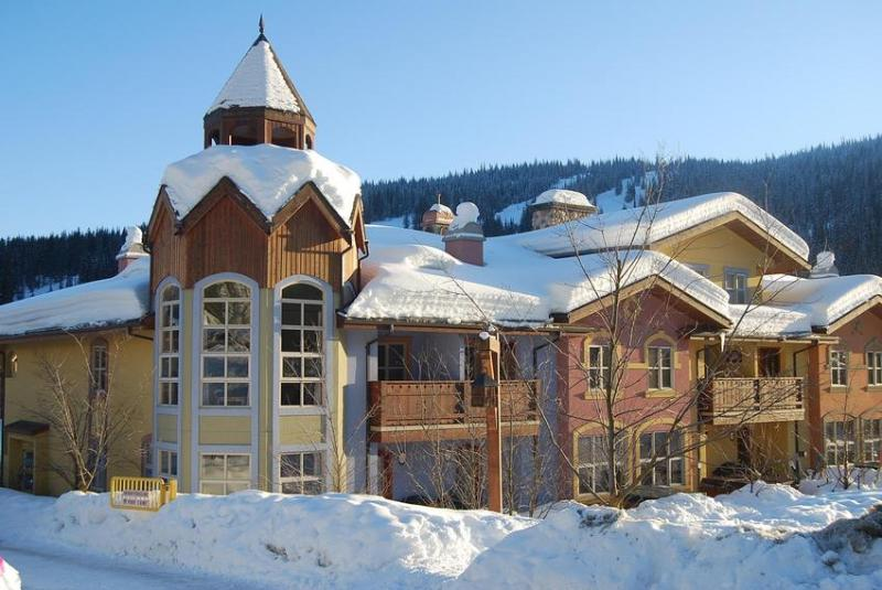Crystal Forest #27 - Callen's Crystal Forest Condo #27 - Sun Peaks - rentals