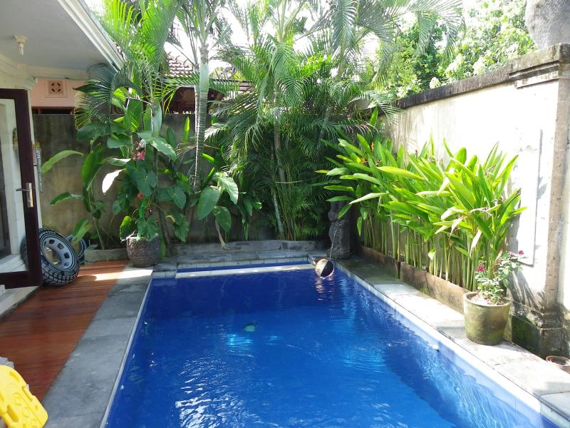 Graduated swimming pool - Bob's Bali House walking distance to beach - Seminyak - rentals