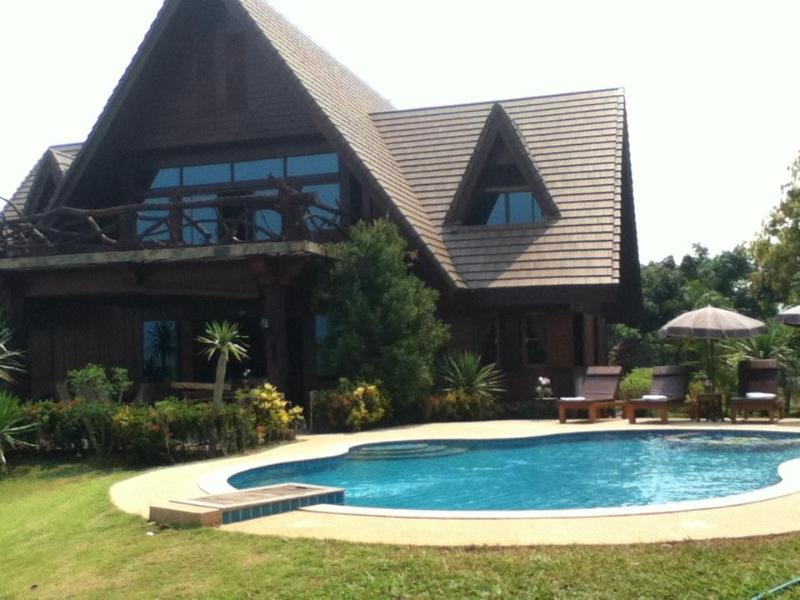 Magnificent Mountain View Retreat - 10 acre Mountain View Retreat with Private Pool - Chiang Dao - rentals