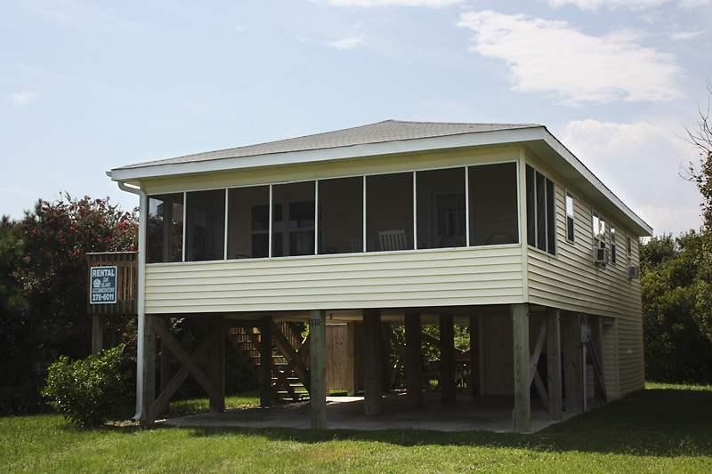 A Beach Cottage - Image 1 - Oak Island - rentals
