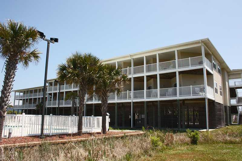 Best Lil Shore House #3107 - Image 1 - Oak Island - rentals