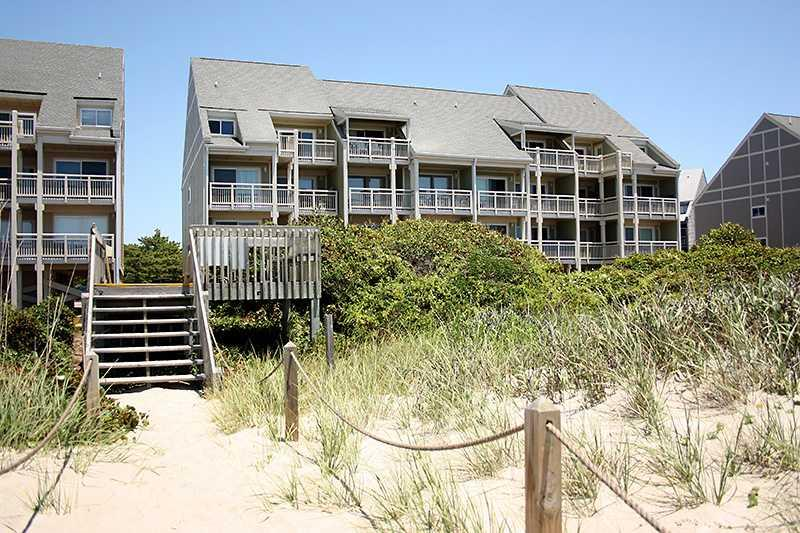 Smothers Hideaway Unit #1311 - Image 1 - Oak Island - rentals