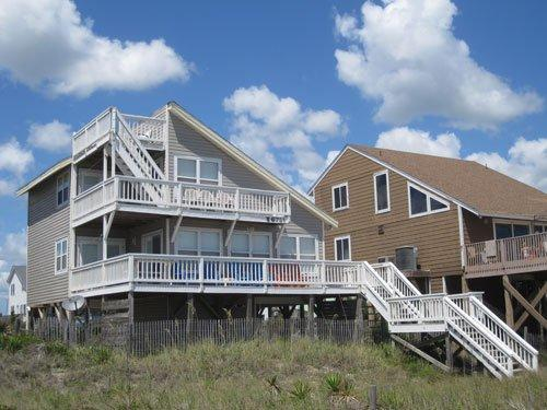 Summer Wind West - Image 1 - Oak Island - rentals