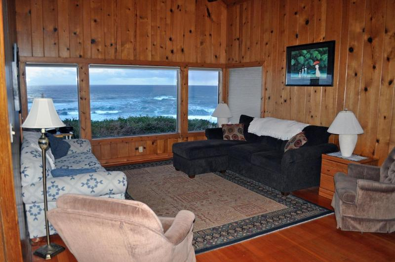 Relax and watch the changing ocean and sky. - Oceanfront Lincoln City Beach House - Lincoln City - rentals