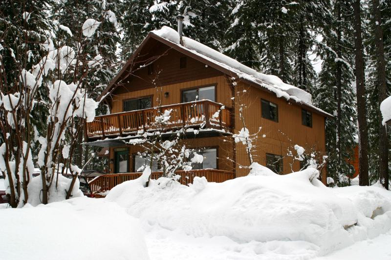 Two-Story Chalet - The Gotta Getaway - Ski Stevens Pass! - Leavenworth - rentals