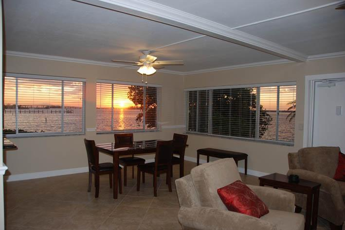 View from the Dining Room - Fort Myers Condo - Magnificent Sunsets & Serenity - Fort Myers - rentals