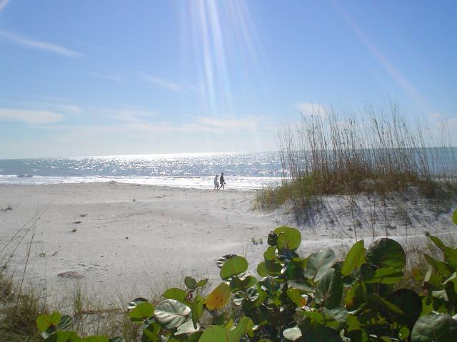 Walk to our beautiful beach (2 blocks) - Waves Resort Vacation Condo, on St. Pete Beach - Saint Pete Beach - rentals